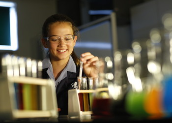 School of Science and Technology Maidstone - apply now